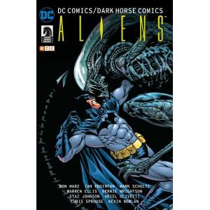 DC Comics/ Dark Horse Comics: Aliens