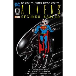 DC Comics/ Dark Horse Comics: Aliens - Segundo asalto