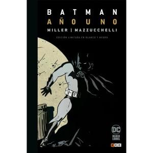 Batman: Año Uno (Edición Deluxe Blanco Y Negro) APLAZADO